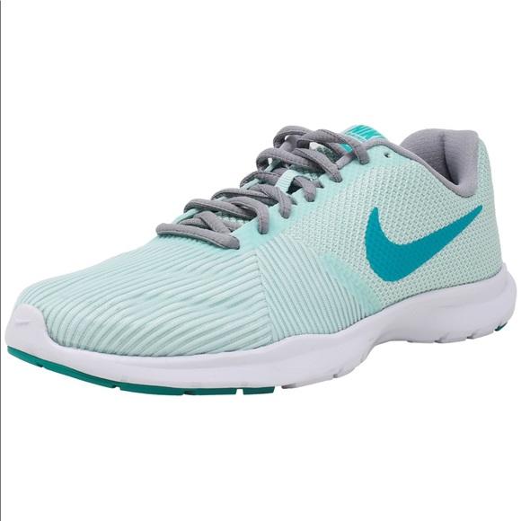 3c9f782ab62fb Nike Cross Training Flex Bijoux Sneakers. M 5b786e0b5a9d211afcde4c25